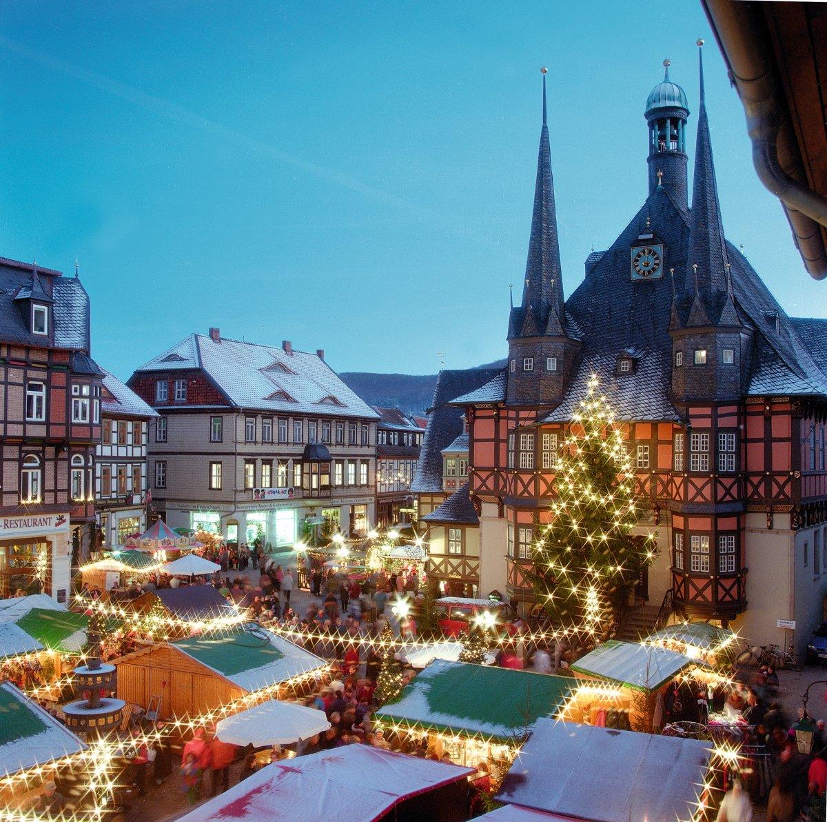 Wernigerode Weihnachtsmarkt.Peters Reisedienst Wernigerode