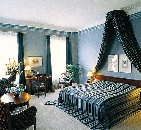 peters reisedienst theatererlebnis meiningen. Black Bedroom Furniture Sets. Home Design Ideas